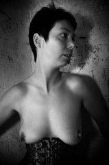 Titten bilder mini Private Tittenfotos